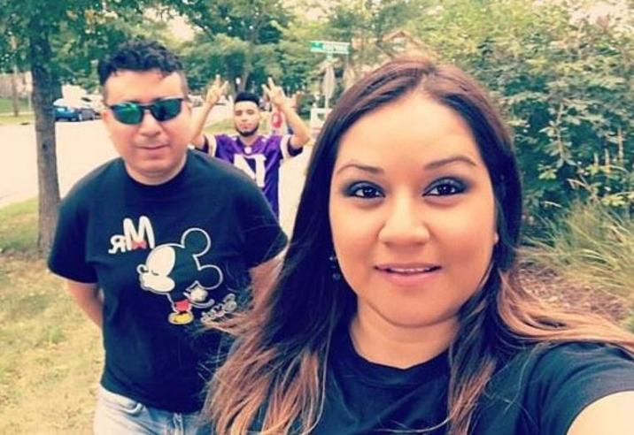 Aurora Chacon Esparza with her husband Juan Duran.