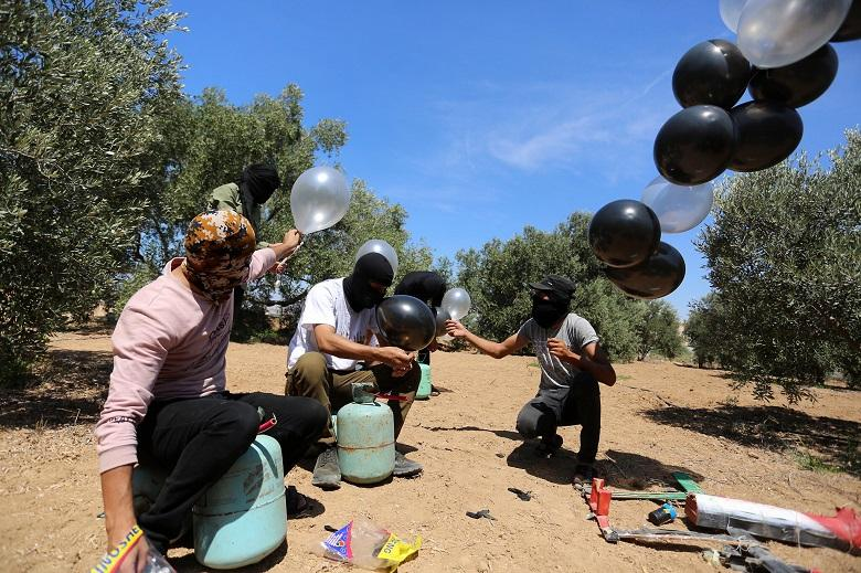 Israel announces new bombing raids on Gaza