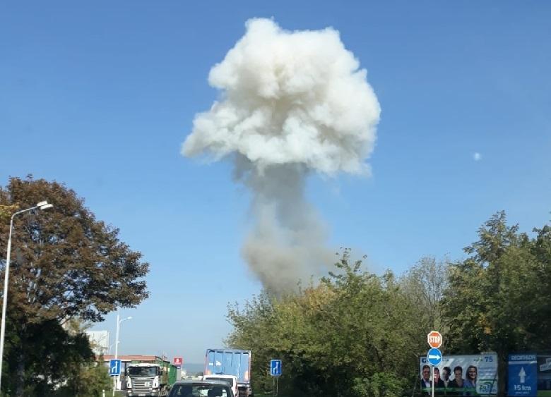Several explosions rock a Czech city