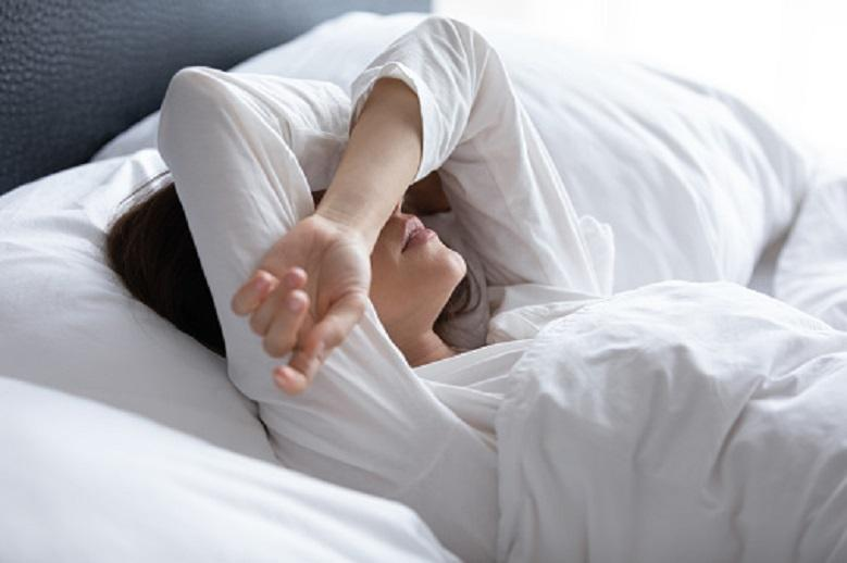 Five eating habits that interfere with sleep