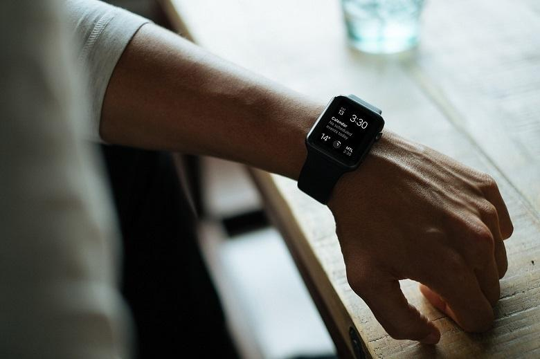 Smartwatch and other wearables help detect corona contamination