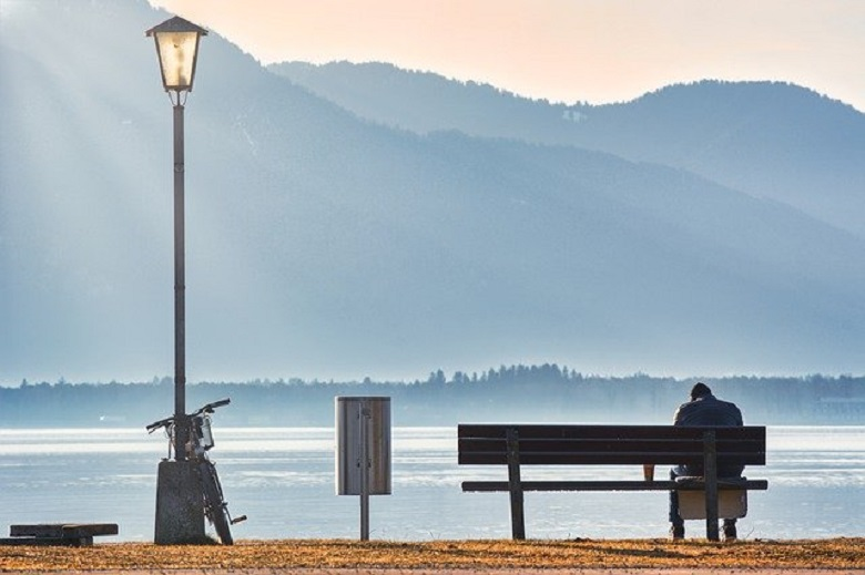 Seven reasons for loneliness