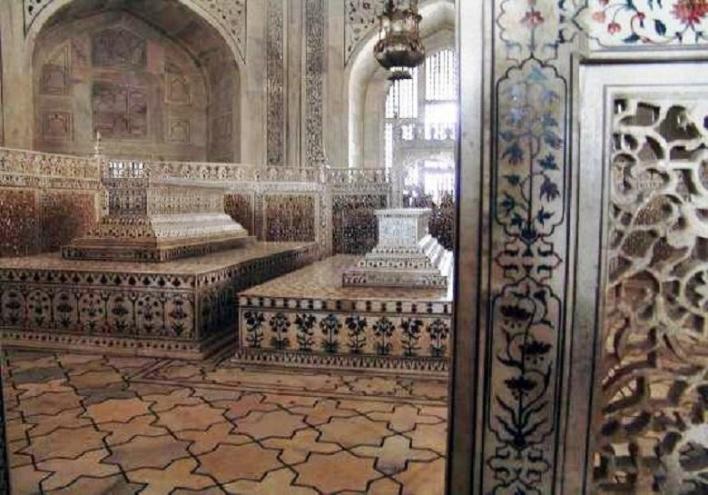 Taj Mahal tomb
