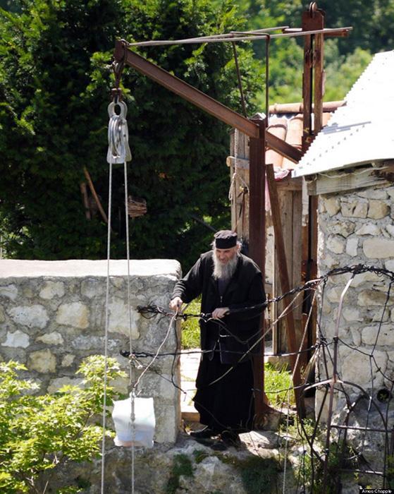 Monk Maxim Kavtaradze