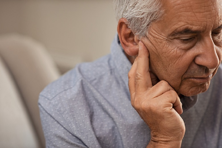 Scientists: hearing problems impair the physical qualities of older people