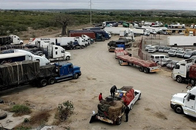South Africa unrest cripples Zimbabwe's supply chains