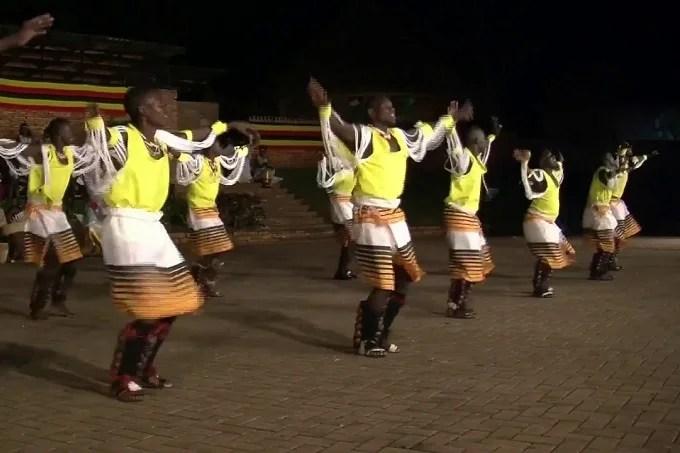 Ekitaguriro dance