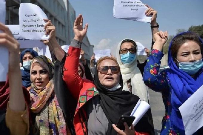 Women's protest in Kabul broken down by Taliban