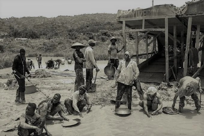 Africa gold mines: the tragedy of gold mines