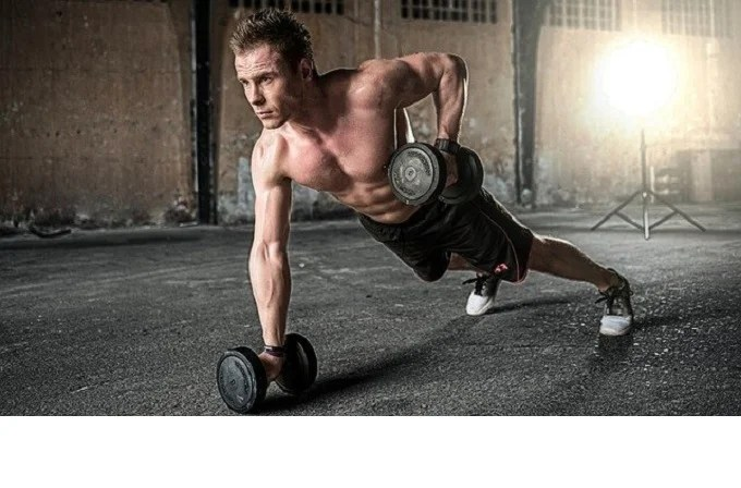 6 reasons you should exercise with weights