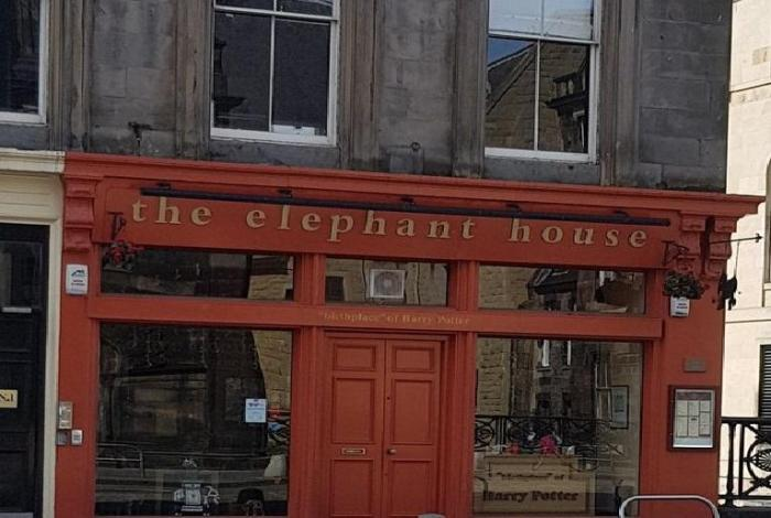 Too bad for the Scots: Harry Potter 'born' not in Edinburgh