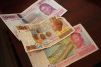 Quelques coupures de francs CFA / A few banknotes of CFA francs