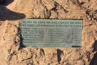 Un monument rendant hommage aux soldats de la marine allemande morts lors de la répression des soulèvements héréro et nama / A noument to the German marine soldiers who died during the repression of the Herero and Nama revolts