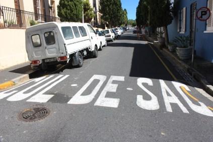 "Un petit emprunt au français / The French-South African way of saying ""dead end"""