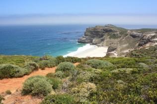 La plage située entre Cape Point et le Cap de Bonne espérance / A beach located between Cape Point and the Cape of Good hope