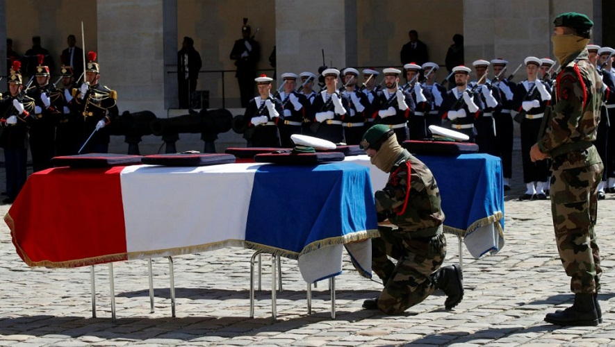 Soldats tués/La France rend un hommage national