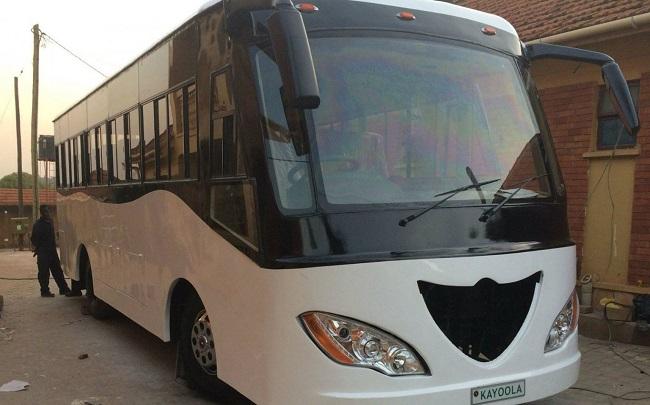 """13 photos de """"Kayoola"""" le premier bus à énergie solaire en Afrique, made in Ouganda"""