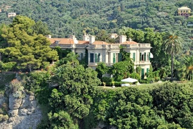 villa Samuel Eto'o