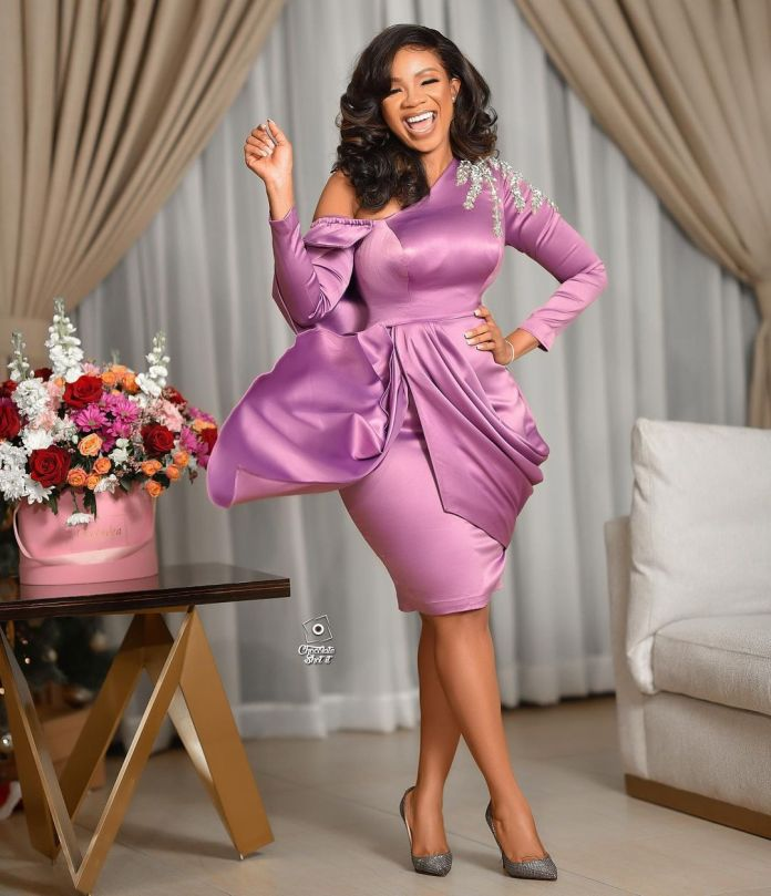 Asoebi Wedding Guest Styles: 30 Looks to Choose From