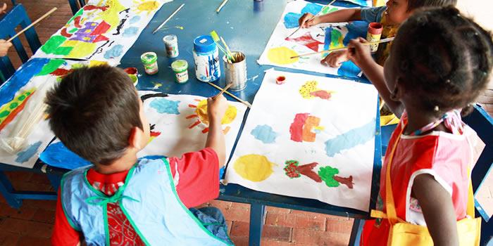 Imágenes-de-Niños-Dibujando-16