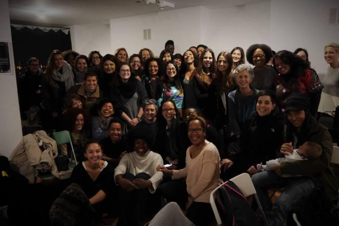 Foto de grupo al final del taller