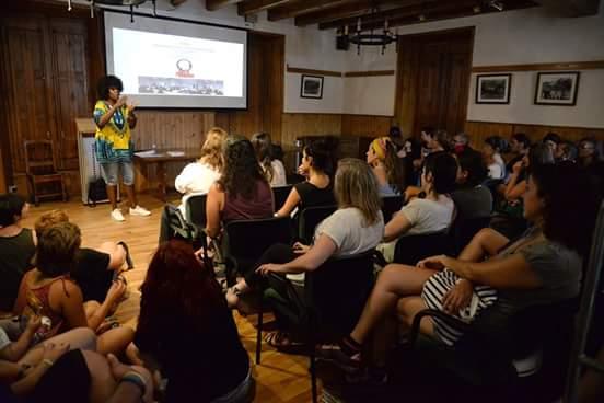 Taller Afroféminas en Festival Pirineos Sur