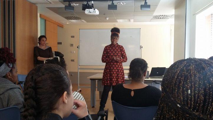 Taller Afroféminas en la Universidad de Nueva York (sede de Madrid) sobre Alianzas contra el racismo