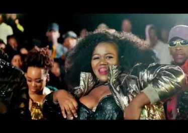prince kaybee ft busiswa 038 tns 8211 banomoya official video GWSBhp4FQH0 Prince Kaybee ft Busiswa & TNS - Banomoya (Official Video)