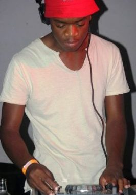 DOWNLOAD Ntokzin Lacoste (Main Mix) Mp3 song download