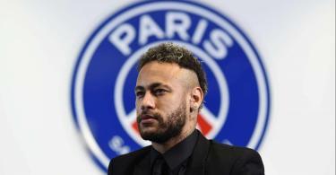 Neymar Jr Signs Extends Contract with Paris Saint-Germain until 2025