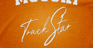 Mooski – Track Star remix ft. Chris Brown, A Boogie wit da Hoodie, & Yung Bleu