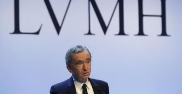 LVMH Tycoon Bernard Arnault Surpasses Jeff Bezos To Become The Richest Man in The World