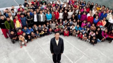 """Photo of Indian man who has 39 wives, 94 children and 33 grandchildren still looking for new wives — """"I am ready to expand my family"""""""