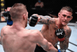 Dustin Poirier vs Dan Hooker : Dustin Poirier narrowly beat Dan Hooker in a Bloody Fight!