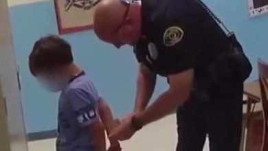 Photo of US: Police arrested an 8-year-old at school. His wrists were too small for the handcuffs