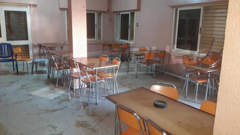Tunisie Les cafés et restaurants se conforment à la décision du gouvernement (Photos)