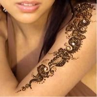 Tatouages au henné : toute une histoire