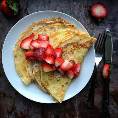 Easy Chia  Pancakes w/ Strawberries