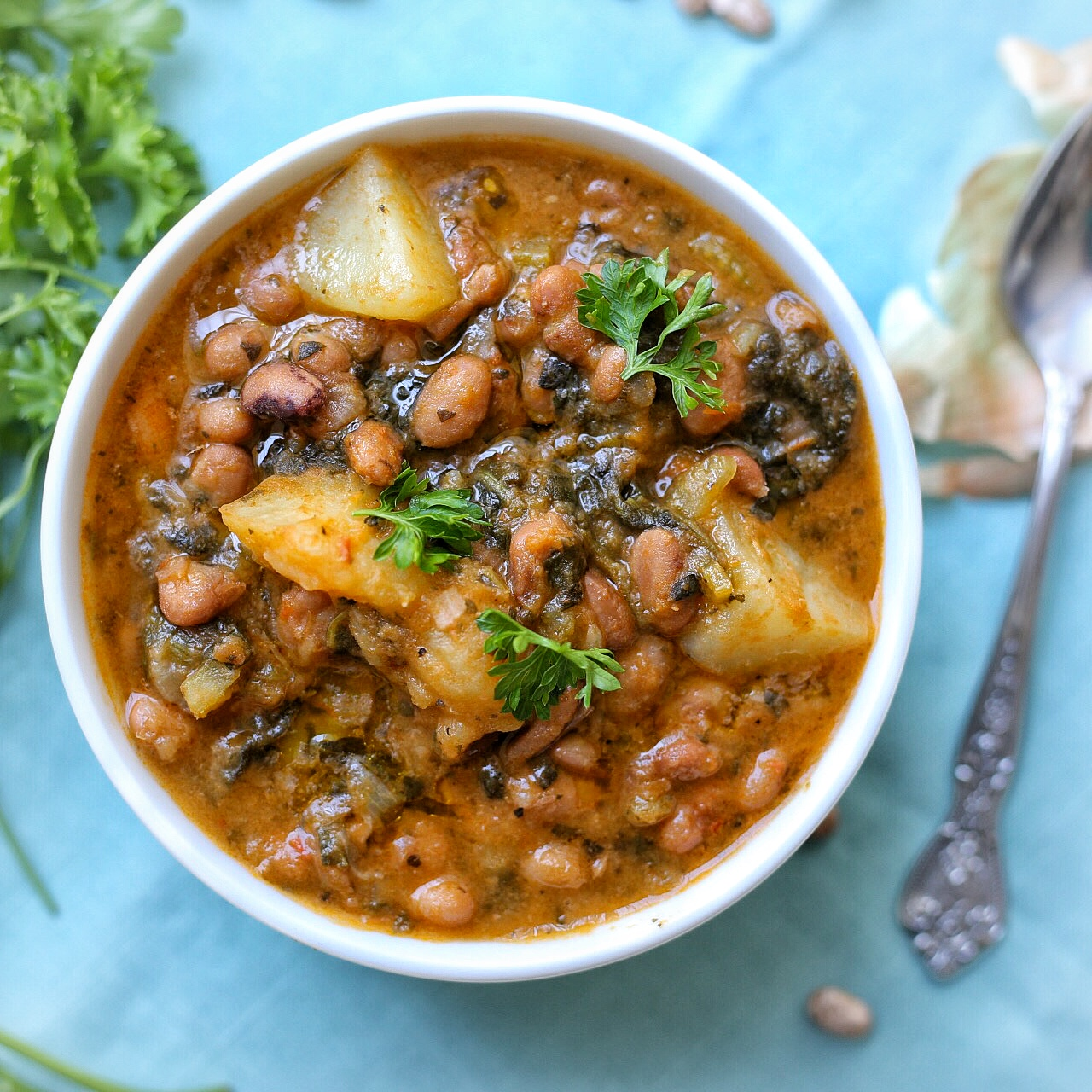 Potatoes and pinto beans stew