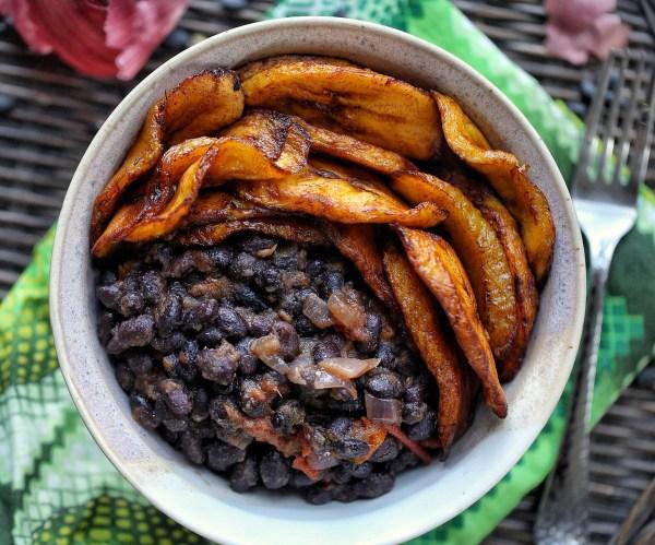 Sweet plantain and black bean bowl