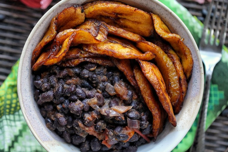 Sweet plantain and black bean bowl