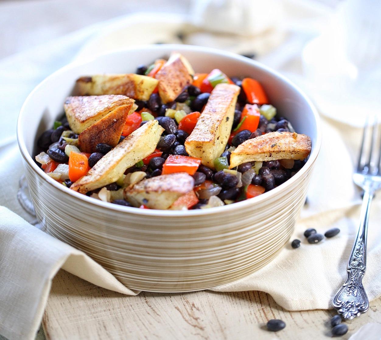 Spicy black bean bowl