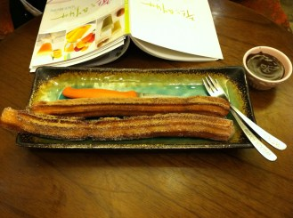 Churro 101, Hongdae - coffee, Mexican hot chocolat, churros