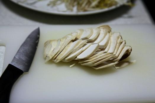 slice mushroom.