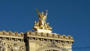 Гранд Опера статуи