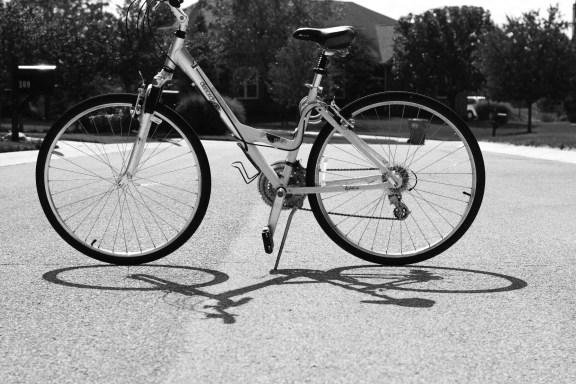 bike-b&w