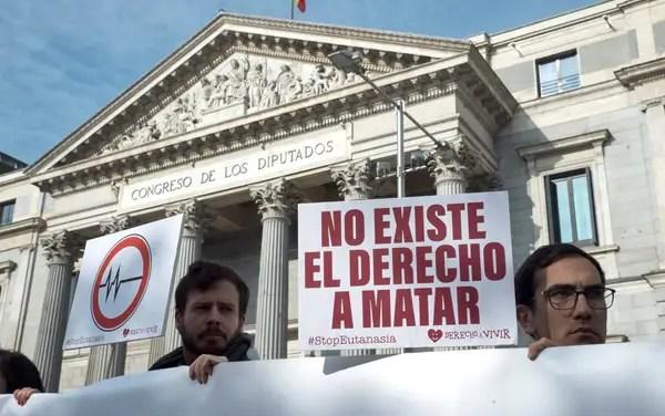 EL COMITÉ DE BIOÉTICA DE ESPAÑA APOYA LA OBJECIÓN INSTITUCIONAL RESPECTO A LA EUTANASIA