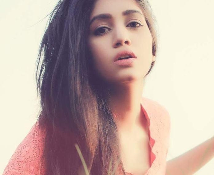 Bangladesh Model & Actress Shahtaj Monira Hashem Bio and Images 3
