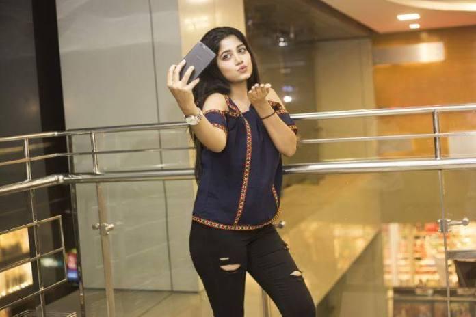Bangladesh Model & Actress Shahtaj Monira Hashem Bio and Images 29