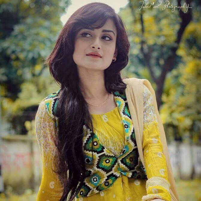 Nadia Nodi Bangladeshi Model & Actress 45
